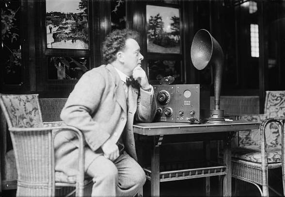 Willem Mengelberg lytter