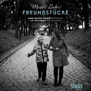 """platecover for """"Freundstücke"""", Mozart-plate med Ann-Helen Moen og Liv Glaser"""
